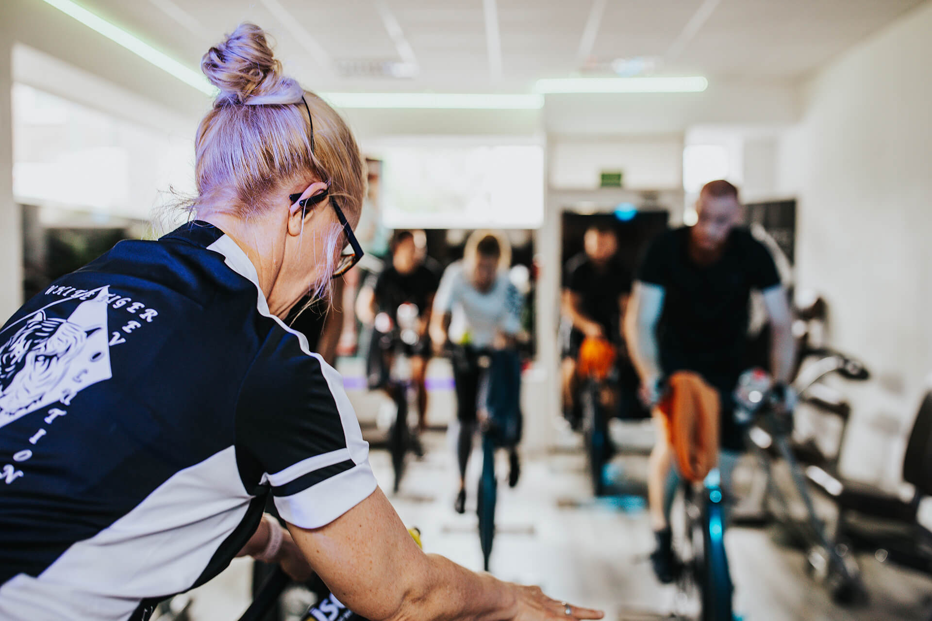 White Tiger Revolution Kurse Fitness Indoor Cycling